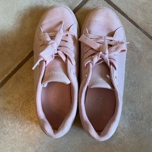 Baby pink Nautica sneakers in size 8